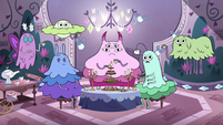 S4E21 Moon Butterfly's spells in their room