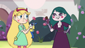 S3E11 Eclipsa Butterfly holding a candy bar