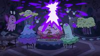 S4E21 Lights in Moon's spells' room get blasted