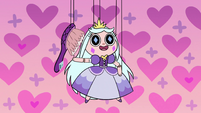 S2E40 Princess Moon puppet brushes her hair