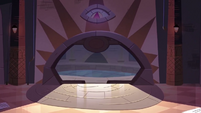 S3E28 Royal Archive's entrance starts to close