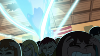 S1E5 Audience ducking under magic beams
