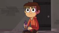 S3E18 Marco and Glossaryck look at the portal