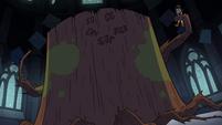 S3E25 The Stump appears