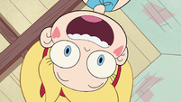 S2E39 Star looking down at Marco upside-down