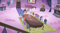 S3E21 Star and Pony Heads around dining hall table