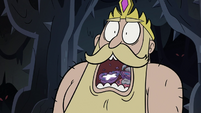 S3E27 King Butterfly eating Star's phone