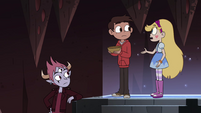 S4E13 Star Butterfly tells Marco to look at her