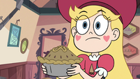 S4E2 Star showing the pie to Foolduke