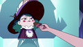 S3E2 Moon holds candy bar out to Eclipsa