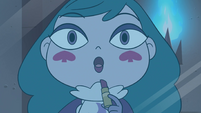 S4E17 Queen Eclipsa cooing like a pigeon