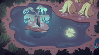 S3E23 Mewberty Star flying over a forest swamp