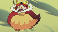 S3E22 Hekapoo leaping toward the dimensional portal