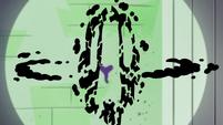 S4E21 Hypnoslumber disintegrates into dust