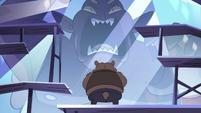 S4E24 Bear monster dressing up frozen Globgor