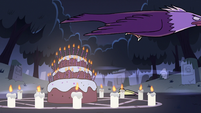 S2E27 Bald eagle flying over Bon Bon's cake
