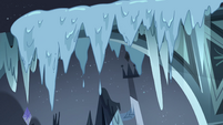 S4E5 Icicles melting in the Neverzone