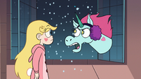 S3E25 Pony Head 'it's freezing out there!'