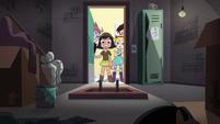 S4E30 Janna and friends enter supply closet