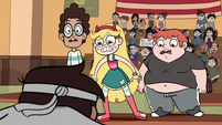 S1E5 Star and friends run up to Marco