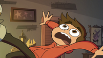 S3E18 Marco Diaz gets pulled toward the portal
