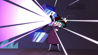 S4E4 Eclipsa shooting hypnotic beams