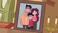 S1e1 family picture