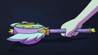 S2E27 Star Butterfly picking up her magic wand