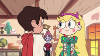 S2E19 Tom getting Marco's attention