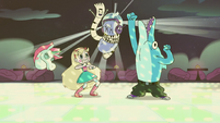 S2E33 Star and the Bounce Crew start dancing