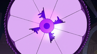 S3E38 Eclipsa's wand parasol spinning