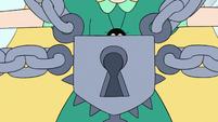 S3E18 Giant padlock over Star Butterfly's chest