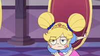 S3E10 Star Butterfly bowing to Tom Lucitor
