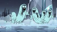 S4E5 Wraiths running around in terror