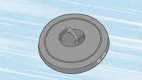S2E14 Trash can lid sails through the air