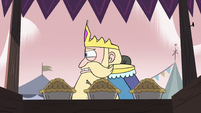 S4E1 King Butterfly passing a pie stand