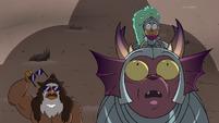 S4E33 Talon, Kelly, and Jorby look up at Solarian Warrior