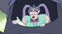 S4E35 Mina Loveberry 'scoot to the side a little'