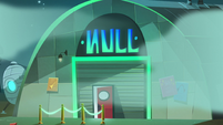 S2E33 Exterior shot of the Null club