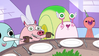 S3E26 Flying Pig and Snail raise mugs to Spider