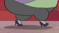 S2E16 Close-up on Miss Skullnick's feet