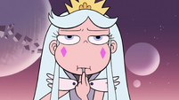 S3E2 Queen Moon eating while Toffee approaches