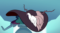 S3E2 Eclipsa doubled over
