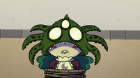 S4E19 Eclipsa under an octopus-shaped mask