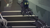 S2E35 Ludo riding rats to bottom of the stairs