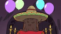 S3E25 Ceremonial stump with a sombrero on it