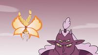 S4E24 Globgor shrinks before Star Butterfly