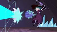 S4E4 Eclipsa dodging Rhombulus' crystal rays