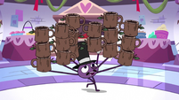 S3E26 Spider With a Top Hat carrying a lot of mugs
