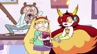 S3E11 Monkey screeching next to Star Butterfly